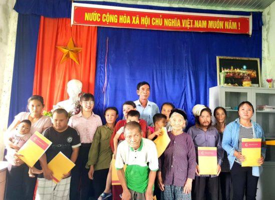 Tập đoàn Nam Cường trao quà cho những người có hoàn cảnh đặc biệt khó khăn tại Nghệ An